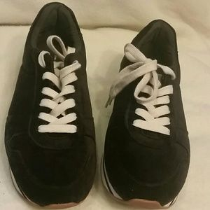 Velvet 1 in 1/4 heel